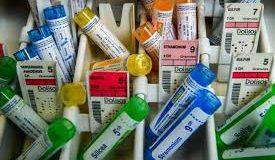 Homéopathie: les Académies de médecine et de pharmacie opposées au remboursement